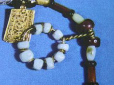 Detail. Bead pendant from the Hon Hoard, Norway. Source: The Viking, by Bertil Almgren 1976.