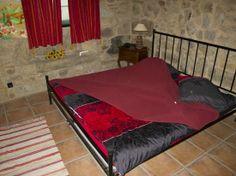 Camera matrimoniale con letto basso