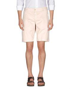 LOVE MOSCHINO ショートパンツ. #lovemoschino #cloth #top #pant #coat #jacket #short #beachwear