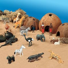 African Theme Scene Kit for Small World Play - Journey into the African landscape and find out about village life. Reggio Emilia, Tuff Spot, African Theme, African Safari, Handas Surprise, Small World Play, Out Of Africa, Jungle Theme, Sensory Bins