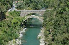 Airole (IM) - ponte antico sul fiume Roia http://ift.tt/2qUEfqu