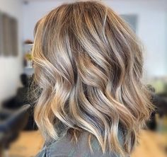 medium style haircuts 40 amazing medium length hairstyles amp shoulder length 9465