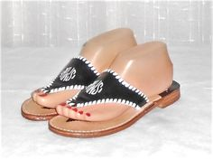 Stephen Bonanno Women's Black White Monogrammed SMW T Strap Thong Sandal Size 8 #StephenBonanno #TStrapThongSandal
