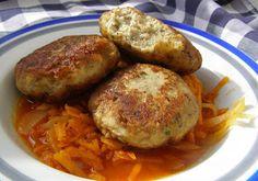 W Mojej Kuchni Lubię.. : kotlety rybne z płotek z boczkiem wędzonym z sosem...