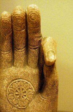 Abhaya mudrā: Gesture of fearlessness