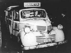 Lotação Dodge - 1949 O veículo era um automóvel adaptado - funcionava como lotação no Rio de Janeiro. Fazia o percurso entre a Penha e o Méier por Del Castilho.
