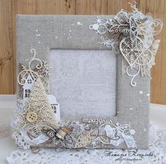 Тихий уголок: фоторамка Diy Projects Arts And Crafts, Craft Tutorials, Diy And Crafts, Picture Frame Art, Baby Frame, Mixed Media Scrapbooking, Shabby Chic Crafts, New Years Decorations, Craft Show Ideas