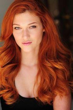 Nicole Fox Beautiful Red Hair, Gorgeous Redhead, Beautiful Women, Amazing Hair, Nicole Fox, Red Hair Woman, Ginger Hair, Fall Hair, Hair Type