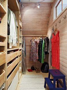 Beau Walk In Wardrobe, Wardrobe Design, Walk In Closet, Wooden Closet, Nordic  Interior Design, Interior Ideas, Interior Decorating, Laundry Closet, ...