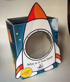 FREE Paper Toy - Astronaut & Rocketship Box - Papercraft4u | Free Papercrafts, Paper Toys, Paper Models, Gratis