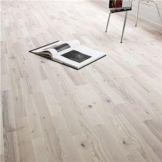 Trägolv Berg & Berg Saltholmen Ask Vit Mattlackad - Parkettgolv Wooden Flooring, Hardwood Floors, Swedish Farmhouse, Scandinavian Style, Tile Floor, Family Room, New Homes, Home Appliances, Interior