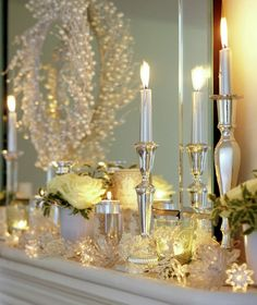 Metallic Candlesticks Christmas Decorations // I want that wreath!