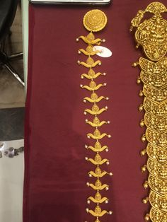 Jewelry Model, Hair Jewelry, Designer Jewelry, Gold Wedding Jewelry, Gold Jewelry, Gold Hair Accessories, Gold Jewellery Design, India Jewelry, Jada