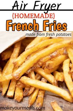 How to make Air Fryer French Fries from fresh potatoes. Find out the keys to making crispy and golden brown fries. How to make Air Fryer French Fries from fresh potatoes. Find out the keys to making crispy and golden brown fries. Air Frier Recipes, Air Fryer Oven Recipes, Air Fryer Dinner Recipes, Air Fryer Recipes Gluten Free, Air Fryer Recipes Potatoes, Best French Fries, Making French Fries, Healthy French Fries, Crispy French Fries