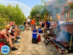 Kamperen in een olijfgaard op Kreta 2021 griekenland Painting, Winter, Art, Crete Greece, Crete Holiday, Tours, Summer, Winter Time, Art Background