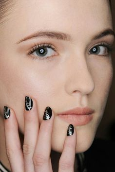 Fall winter 2016 2017 nail trends nail trends manicure and gina edwards created a halloween ready spine motif on the nails using morgan taylor nail lacquer in little black dress could have foiled me and fame game sciox Images