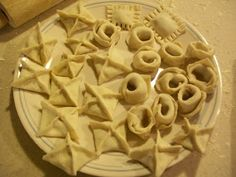 Living While Living Without: Homemade Ravioli - Gluten, Wheat, Egg, and Dairy Free * brown rice flour, potato starch, xanthan gum