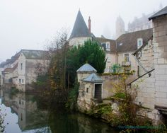 Pretty Towns and Villages in Western France.