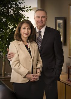 David Lisonbee, 4Life Research Founder & CEO, and Bianca Lisonbee, Co-Founder & Chairwoman of Foundation 4Life.  Saber de los fundadores de una Comp. Es mas importante que el producto.