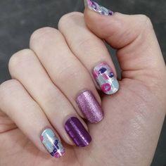 So sparkly and pretty #prettykittyjn #pixiejn #afterawhilejn #sparklynails #girlynails #amygsjams #jamberrynails #pink #purple #silver #nailart #workfromhome #beyourownboss #joinjamberry #JamberryUK #joinjamberryuk