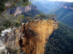 Hanging Rock Baltzer Lookout Blue Mountains NSW