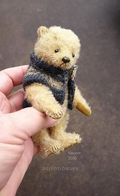 Vincent miniatuur Mohair kunstenaar Teddy Bear door aerlinnbears
