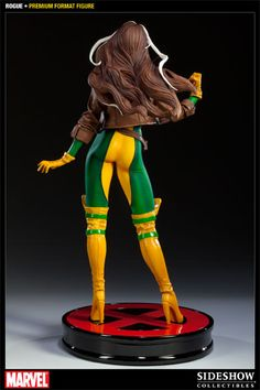 The latest to join Sideshow's cast of X-Men Premium Format Figures is Rogue. Each piece is individually painted and finished, each with its own unique quality a