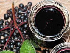 Rozgrzewający syrop z czarnego bzu - Przepisy kulinarne - Przetwory