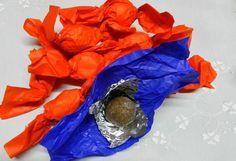 bucconettos.I bucconettos sono dolci tradizionali della Barbagia e si distinguono dai sospiri per l'utilizzo delle nocciole reperibili in loco, rispetto alle mandorle usate invece nelle zone pianeggianti e soleggiate.