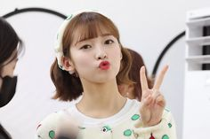 Arin Oh My Girl, Girls World, Girl Group, It Cast, Dramas, Kpop, Makeup, Style, Fashion