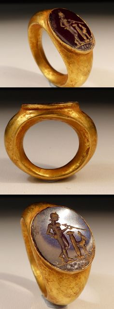 ROMAN GOLD INTAGLIO RING WITH MARS 2ND AD