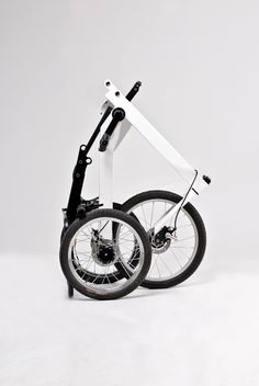 Top 6 Facts You Should Know About Your New Motorcycle Electric Tricycle, Electric Scooter, Adult Tricycle, Terrain Vehicle, New Motorcycles, Old Bikes, New Tyres, Bicycle Design, Old Cars