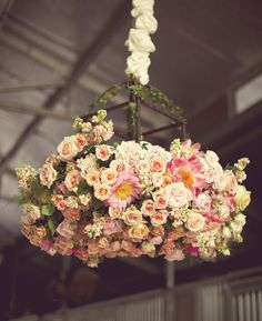flower chandelier oh my goodness!!! Gorgeous fresh flower hanging decoration