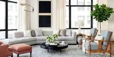 Top Designers Reveal How to Create the Most Serene Home Ever Elle Decor Living Room Trends, Home Living Room, Living Room Decor, Contemporary Apartment, Contemporary Bedroom, Contemporary Building, Contemporary Wallpaper, Contemporary Chandelier, Contemporary Office