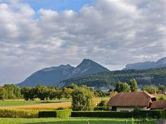 good morning Sunshines!  . #natureknowsbest #morningview #goodmorning #mountains #terazwgórach #holidays #france #igersfrance #francjaelegancja