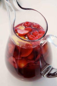 wine + fruits + summer = sangria! recipe: 1 bottle of red wine (cabernet sauvignon, merlot, rioja, zinfande...