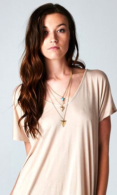 GOLD TRIPLE TRIANGLE TURQUOISE STONE NECKLACE