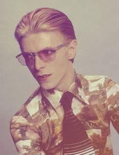 Bowie,   http://justforgagscollections.blogspot.com