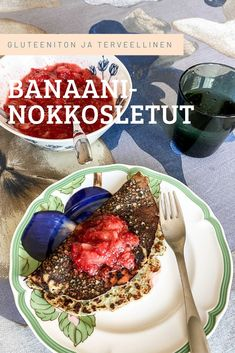 Gluteenittomat ja vähäsokeriset letut ovat kevään herkkua! Banaanin voi halutessaan jättää pois ja laittaa vähän enemmän sokeria ja jauhoja. Jauhoina voi käyttää myös tavallisia vehnäjauhoja, jos gluteeni ei haittaa. Tee letuille kaveriksi tuorehillo marjoista. Acai Bowl, Breakfast, Acai Berry Bowl, Morning Coffee