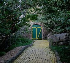 Abandoned Wizard-of-Oz theme park opens for two days only every year.
