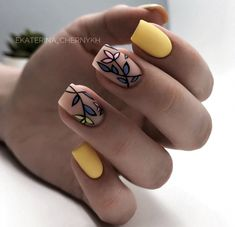 118 creative ways update you mani with yellow flowers nail art – page 36 Fancy Nails, Diy Nails, Cute Nails, Manicure, Minimalist Nails, Stylish Nails, Trendy Nails, Perfect Nails, Gorgeous Nails