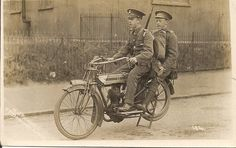RWF Soldiers on an early motorbike. Cool Motorcycles, World War One, Historical Photos, Motorbikes, Military, Black And White, Soldiers, Vehicles, Europe