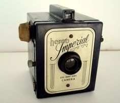 RESERVED FOR ULA Vintage1930's Herco Imperial Snap Shot Camera