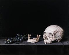 © Christopher Beaumont , Still Life with Grapes and Skull 2005, Oil on linen, 41 x 51 cm.
