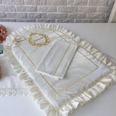 Oval Fomlu&İsim Nakışlı Alt Açma Takımı | Ekru&Gold Napkins, Tableware, Dinnerware, Towels, Dishes, Napkin, Place Settings