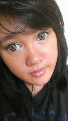 Kimchi Bambi grey circle lensesare three tone circle lenses with the beautiful color gradation from peachy-orange to grey and then black. G...