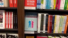Een mooie selectie van Managementboeken bij Bruna. In de winkel in Zaandam kan je je nu verder ontwikkelen met 'Mannen en/of Vrouwen', 'Mindhacking', 'Het Flitsbrein', 'Spanning rond de boardroom' en 'Gamification'. #mannenenofvrouwen #hetflitsbrein #bertoverbeek #mindhacking #ronaldvanaggelen #spanningronddeboardroom #frankpeters #ericheres #gamification #horststreck #bruna #brunazaandam #futurouitgevers