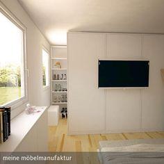 Begehbarer Kleiderschrank im Schlafzimmer. https://www.meine-moebelmanufaktur.de/schraenke/begehbarer-kleiderschrank-nach-mass/