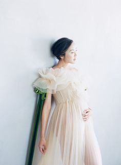 My 5 Month Secret - The Chriselle Factor Maternity Dresses For Photoshoot, Maternity Session, Maternity Pictures, Pregnancy Photos, Maternity Photography, Photoshoot Ideas, Valentino Gowns, Pregnant Wedding Dress, Tulle Dress
