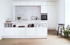 KØKKEN - Et tvist af marmor